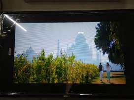 SONY ''32 INCH  FULL HD SMART LED TV WITH 1 YEAR  WARRANTY