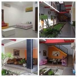 Dijual Indekos Eksklusif 3 + rumah induk aktif gues House di Maguwo