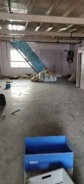 First floor Industrial gala for rent