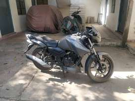 Apache RTR 2014, 15K kms, Well maintained