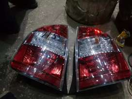 Toyota prius 2007 back lights original and others parts
