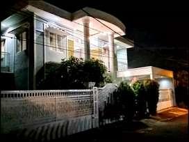 Rumah Sultan di Bogor 2 lt Dekat Stasiun Tol dan Kebun Raya Bogor