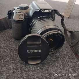 Dijual kamera merk Canon EOS 1300D