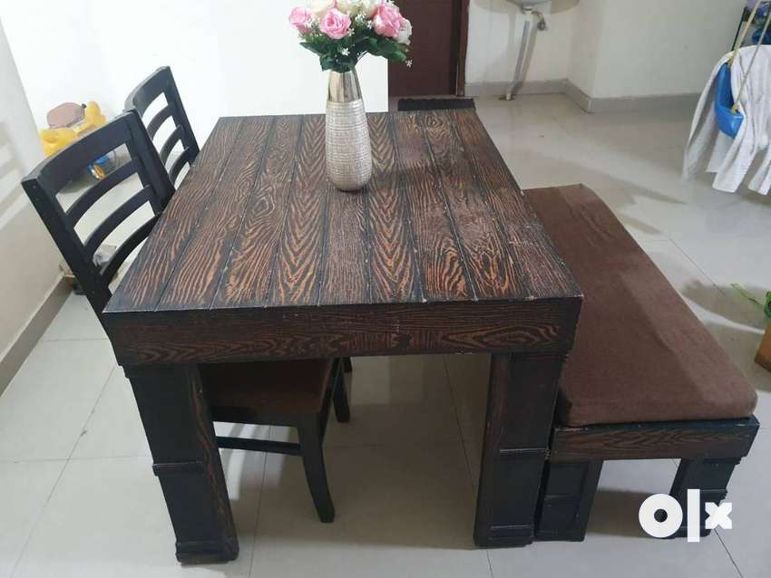 Dinning table with chair and stool bench 0