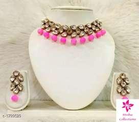 Kundan and beads jewellery set