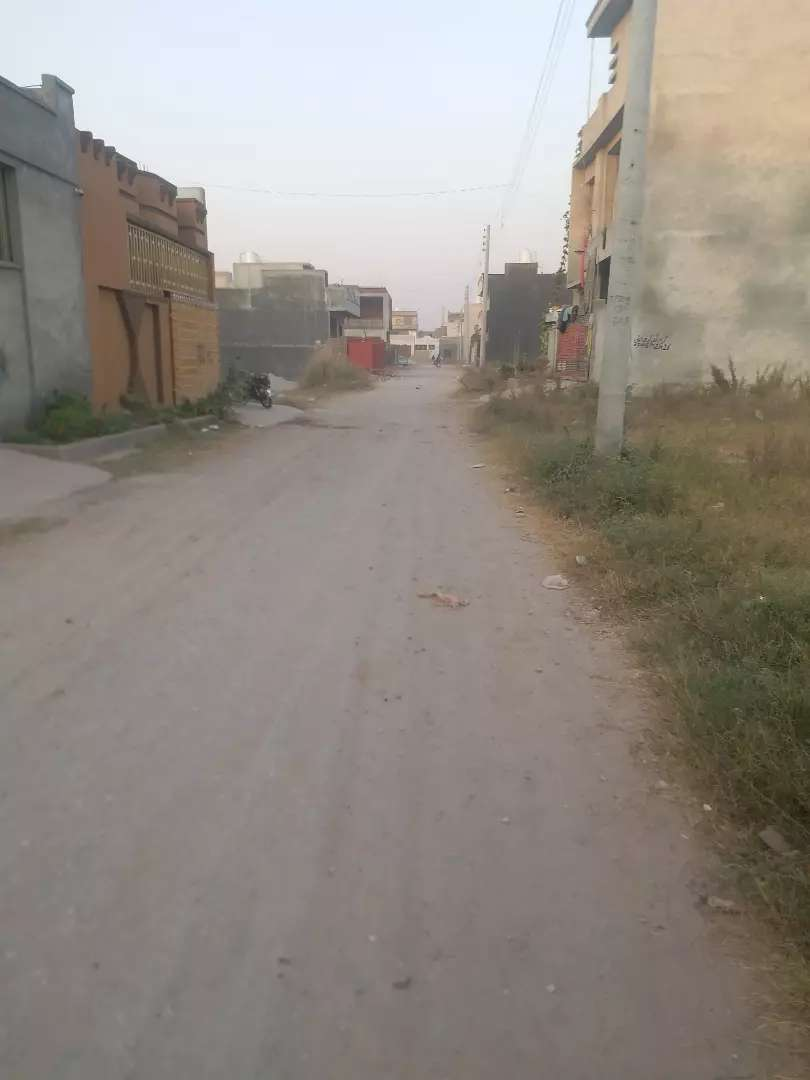 5 Marla Residential Plot For Sale in Ghouri Town Phase 4C2 Islambad 0