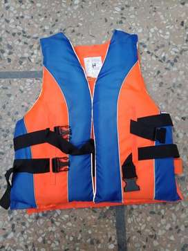 LIFE JACKETS HIGH QUALITY