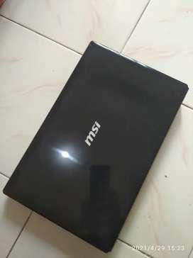Laptop MSI Core i5
