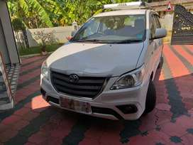 Well maintained  taxi innova