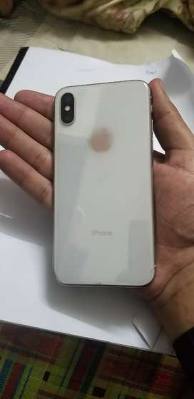 Iphone X Complete accessories condition 10/9.8 64gb