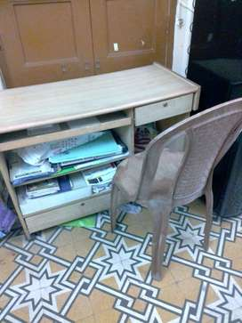 COMPUTER TABLE/ STUDY TABLE/ OFFICE TABLE WITH CHAIR