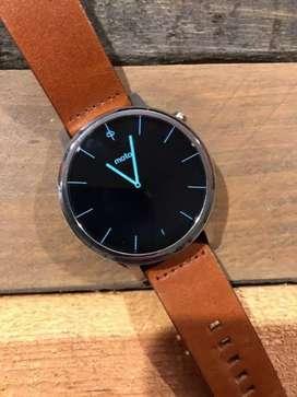 Moto 360 2nd Gen Smartwatch Canggih