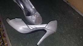 Preloved heels for sell