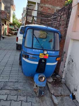 Loader auto in good condition