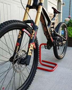 Sepeda Downhill M16 Intense