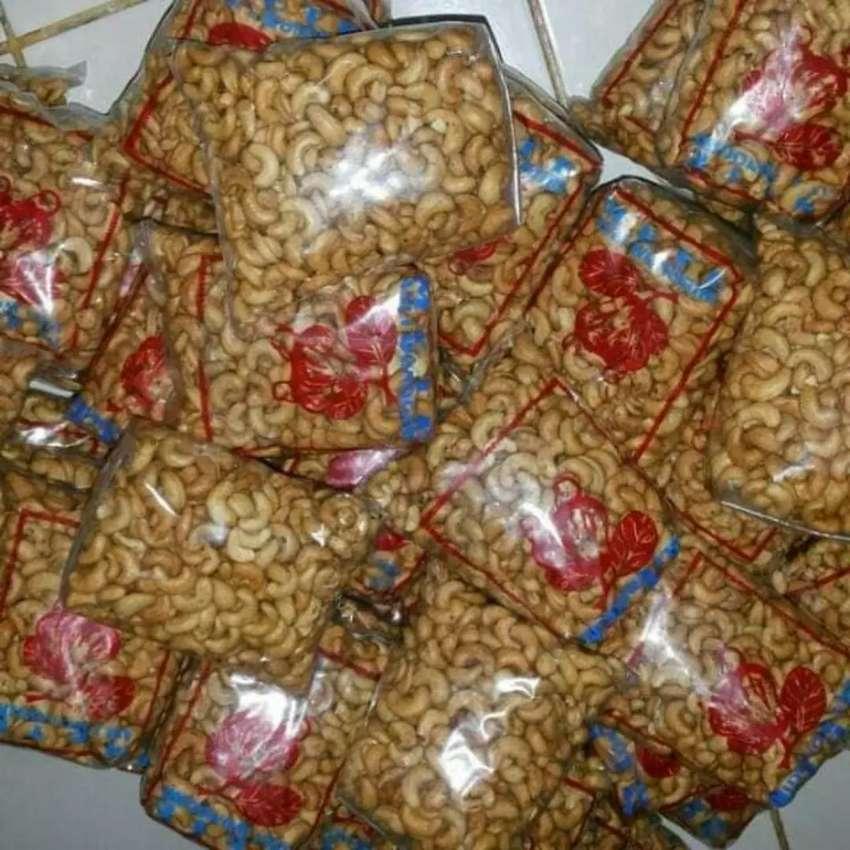 kacang mede atau jambu mete 0