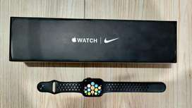 Apple Watch 5, 44mm, Nike edition Cellular model