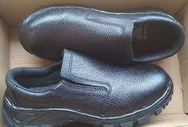 Safety shoes bekas ori