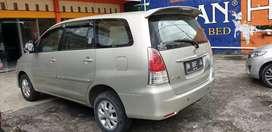 Inova G matic 2010 bensin