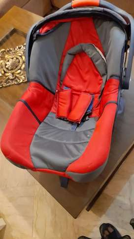 Baby carry cot+ car seat