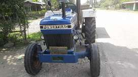 Very good condition powertract tractor