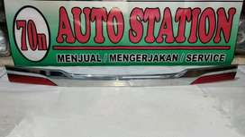 Trunk lid Warna Crome Innova Grand