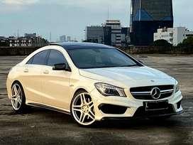 Mercedes Benz CLA45 AMG / 360 HP / Panoramic / LIKE NEW