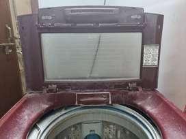 LG Turbowash Fully Automatic top loading