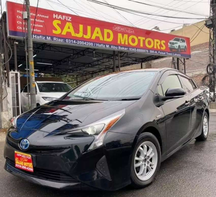 Toyota Prius Hybrid S-Safety Plus Package 2016 0