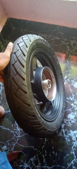 Aviator magwheel with new tyre