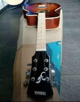Gitar akustik custom berkualitas