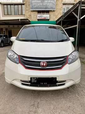 Honda Freed 2011 tipe E 1.5 A/T km 128rb