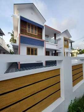 New buuild 3 bhk 1300 sqft 4 cent house at aluva near alangad