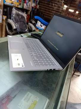 ASUS i3 10th generation Brand new only 5 days old