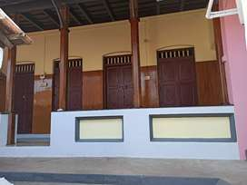 Renovated building for rent near Vyaparabhavan (Market Road) kottayam