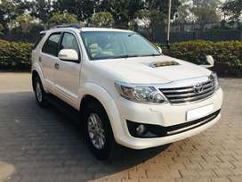 Toyota Fortuner 4x2 AT, 2014, Diesel