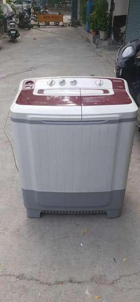 L.G semiautomatic washing machine want to sell.