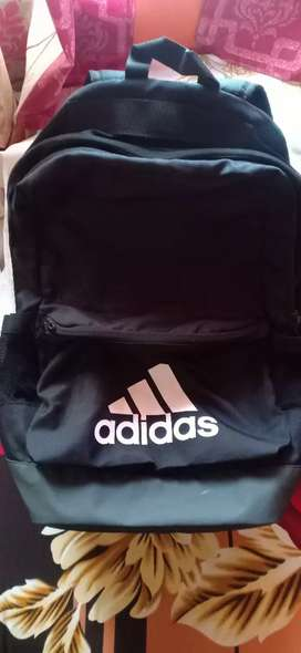Adidas originals bag ( large size)