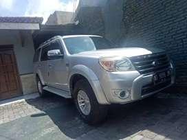 Dijual Ford EVEREST XLT Automatic 2010 Silver Kondisi sangat Terawat