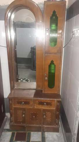 Sale of dressing table