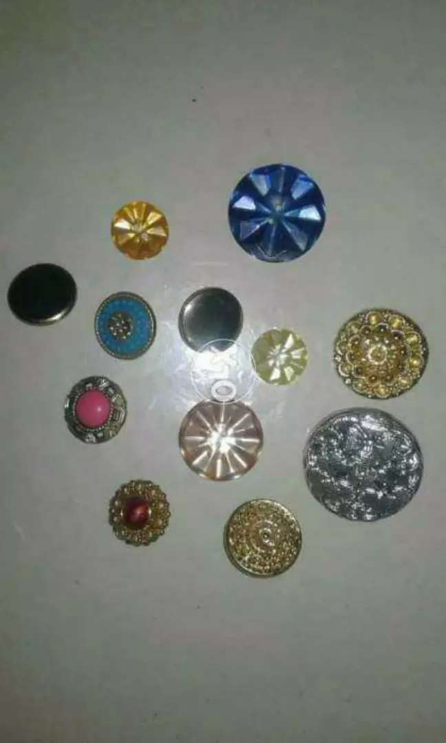 Buttons 340 pcs (for women clothing) 0