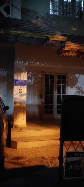 House 2bhk ground floor for rent near NH bypasbus stop Ernakulam