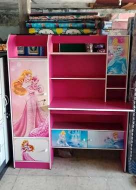 Meja Belajar MBB 021 Princess Pink (Banyak Ruang u/ Tempat Alat Tulis)
