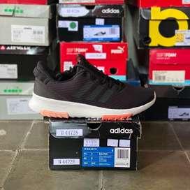 Sepatu Adidas CF Racer Training, size 42, ORIGINAL