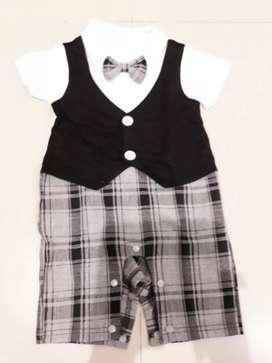 Baju baby usia 3 bln  sd usia 1 thn (total dapat 8 baju)