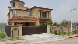 1 Kanal Luxury Executive Modern Bungalow for Sale in Bahria Town ISL