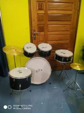 brand new drum set