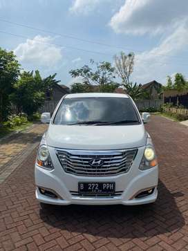 Hyundai H1 Royale 2.5 CRDi 2016 AT KM 10 rb Antik