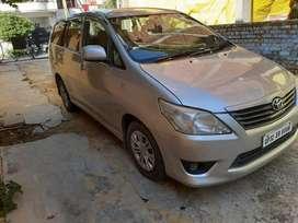 Toyota Innova 2.5 G 8 STR BS-IV, 2012, Diesel