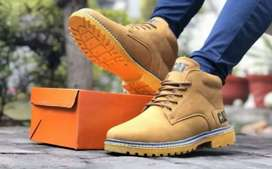 Cat Boot in brown colour (New)